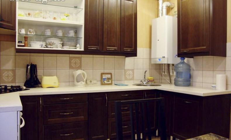 Снять 3-комнатную квартиру в Коломне ул. Уманская 15А о/п 140 м² 1/5 эт.