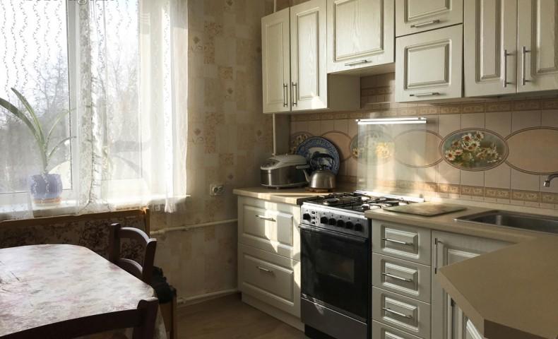 Купить 3-комнатную квартиру Коломна ул. Зеленая 32 о/п 64м² 3/3 эт.