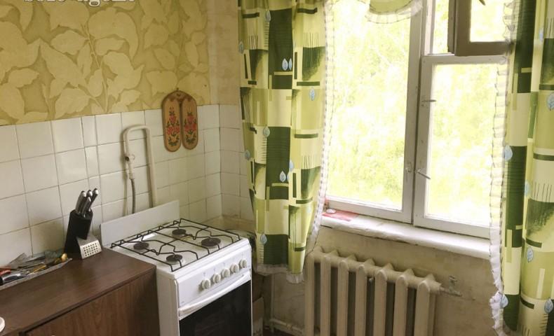 Купить 2-комнатную квартиру Коломна пр-т. Кирова 50 о/п 44м² 5/5 эт.