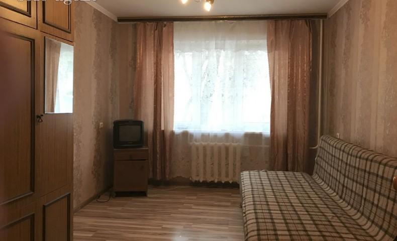 Снять 3-комнатную квартиру в Коломне пр-т Кирова 22 о/п 58 м² 1/5 эт.