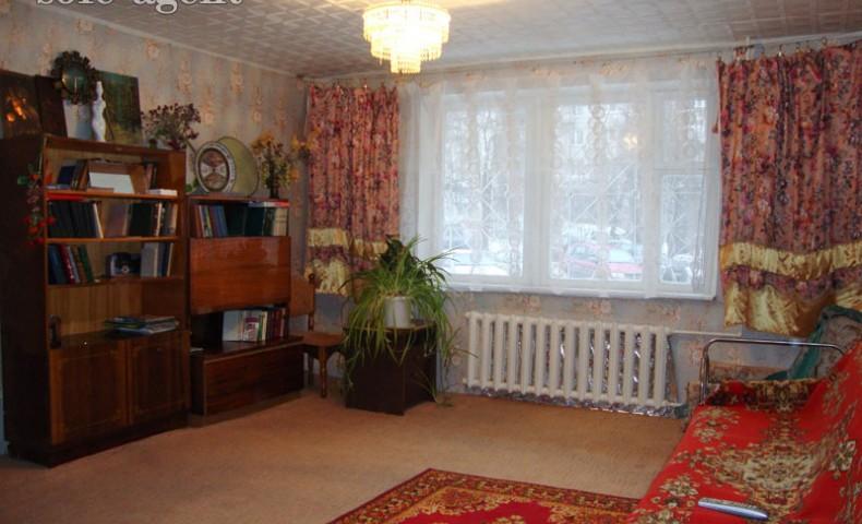 Снять 3-комнатную квартиру в Коломне ул. Фрунзе 44 о/п 71 м² 1/9 эт.