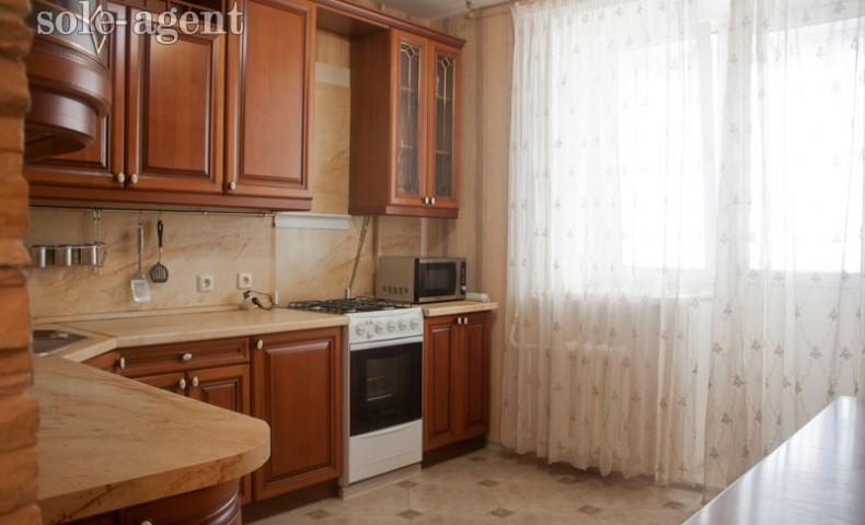 Снять 2-комнатную квартиру в Коломне ул. Гагарина 7 о/п 80 м² 4/10 эт.