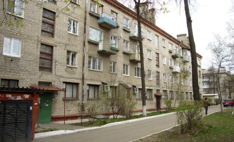 Купить 1-комнатную квартиру Коломна ул. Ленина 53А о/п 31м² 3/4 эт.