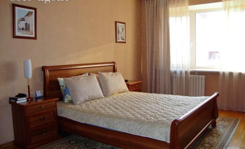 Купить 3-комнатную квартиру Коломна ул. Уманская 24 о/п 106м² 3/5 эт.