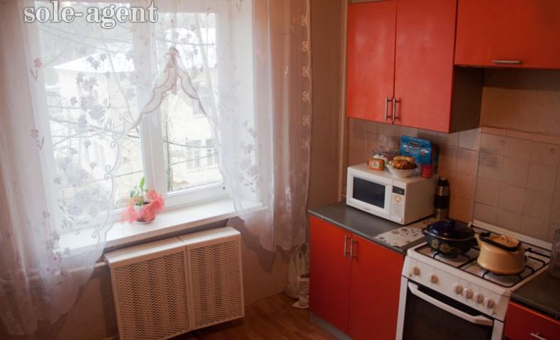 Купить 2-комнатную квартиру Коломна ул. Красноармейская 100/12 о/п 57,8 м² 3/5 эт.